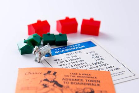 Juego de mesa Monopoly Foto de archivo - 33737184