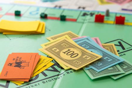 Monopoli gioco da tavolo Archivio Fotografico - 33737231