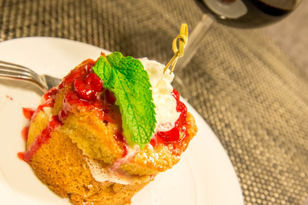 shortcake: Warm strawberry shortcake with melting whipped cream on top Stock Photo
