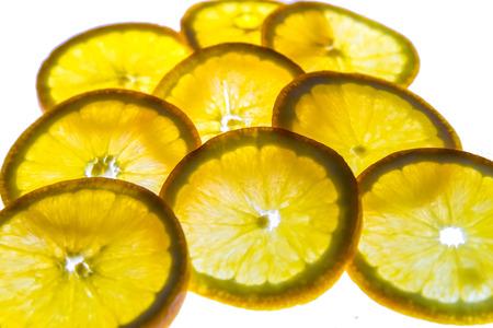 백라이트가있는 오렌지 슬라이스 스톡 콘텐츠