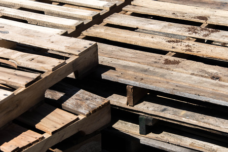 stack of empty wood pallettes Stok Fotoğraf