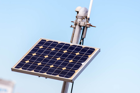 solar panel to power outdoor air monitoring station Imagens
