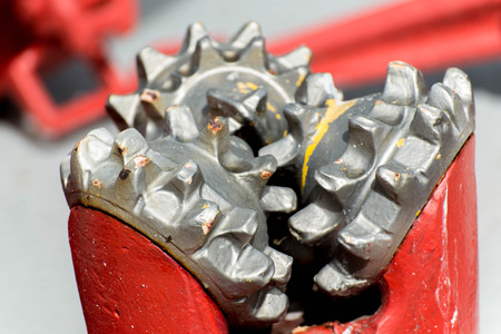 red drill bits for oil and gas extraction