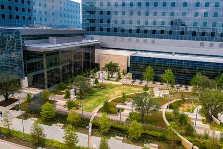 indigent: August 19, 2015 - Dallas, Texas, USA: Exterior views of the new addition to Parkland Memorial Hospital