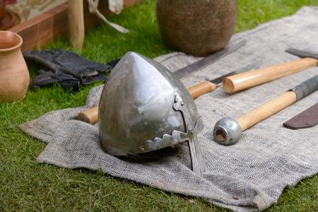 vikingo: Vikingo casco Foto de archivo