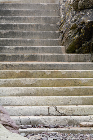 traverse: Steps up from beach