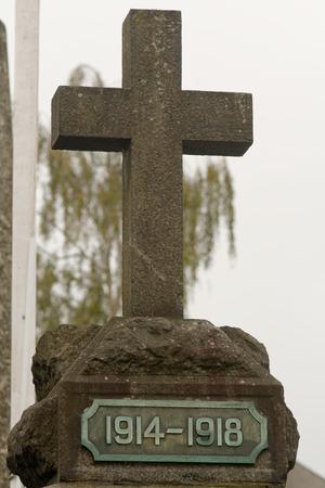 memorial cross: Primera Guerra Mundial 1914-1918 Memorial Cruz en Chudleigh, Devon, Inglaterra Foto de archivo