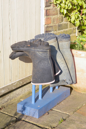 drying: Wellington boot drying stand