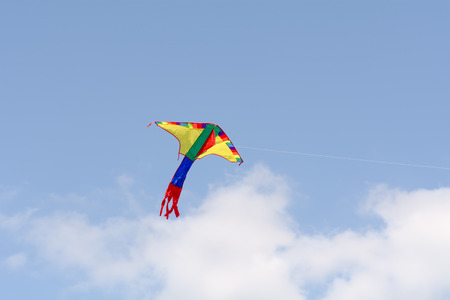 currents: Kite in sky