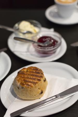 porn: Завтрак на двоих с британскими лепешки Фото со стока
