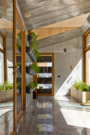 prefab: Melbourne, Australia - February 2015: Prototype of an Eco-friendly Green Home on Swanston Street, Carlton Editorial