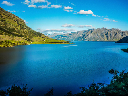 Landscape and lake in the south Island, New Zealand. Zdjęcie Seryjne