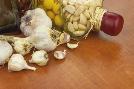 flavoring: Garlic, aromatic ingredients for flavoring food.