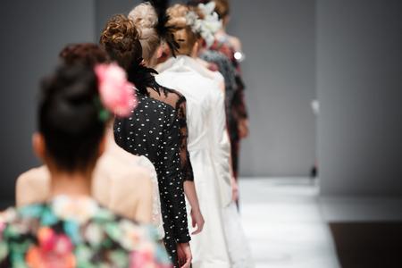 mujeres fashion: Show de moda