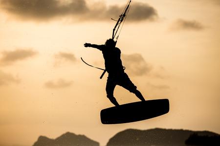 kite surfing: Kitesurfen
