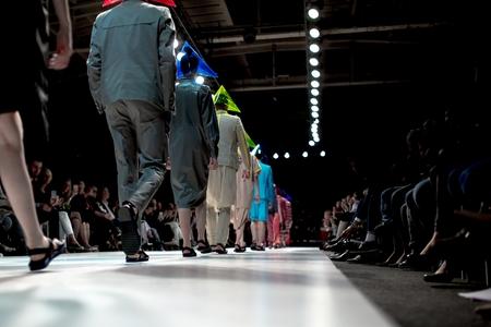 Desfile de moda Foto de archivo - 40350097