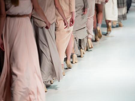 Desfile de moda Foto de archivo - 40350113