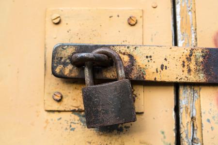 barn door: padlock Stock Photo