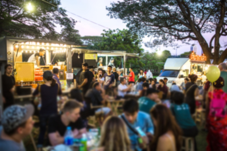 Food Truck Festival Blurred on Purpose Foto de archivo