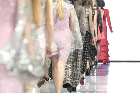 Sfilata di moda, Passerella, Sfilata di moda