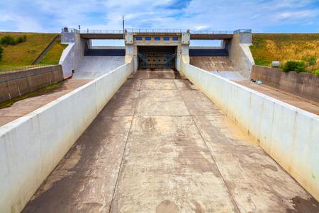 bulkhead: Nechranice Dam, Czech Republic