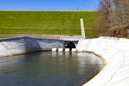 Dam Hracholusky, Czech Republic