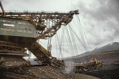 Giant bucket wheel excavator for digging the brown coal, Czech Republic Imagens