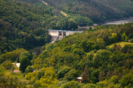 The reservoir and hydraulic power plant Dalesice in the Czech republic Standard-Bild