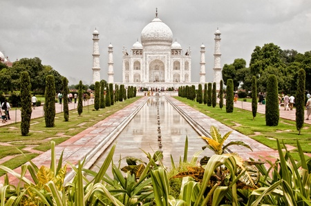 jehan: Taj Mahal with garden foreground Stock Photo