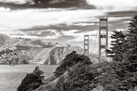 Golden Gate bridge black and white, San Francisco photo