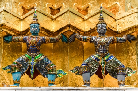 emerald city: Detail of statues in Grand palace temple, Bangkok, Thailand Stock Photo