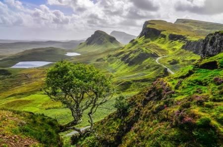 Vista panoramica delle montagne Quiraing a Isola di Skye, Highlands scozzesi, Regno Unito