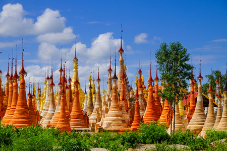 inle: Scenic view of colorufl pagodas in Indein village, Inle lake, Myanmar Stock Photo