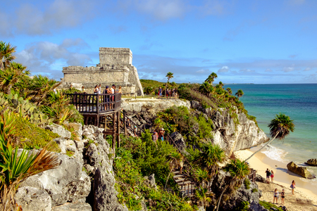 tulum: TULUM, MEXICO - 4 JANUARY 2016: Archeological site and ruins at Tulum, Mexico Editorial