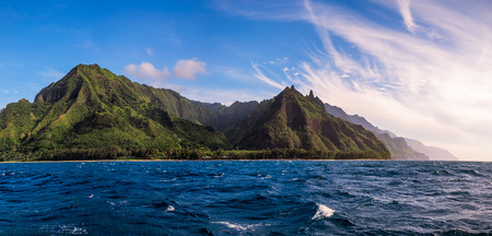na: Panoramic view of Na Pali coast from the ocean, Kauai, Hawaii, USA Stock Photo