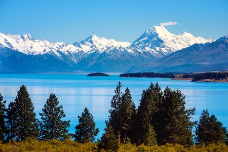 Vue panoramique sur le lac Pukaki et Mt Cook, Alpes du Sud, Nouvelle-Zélande
