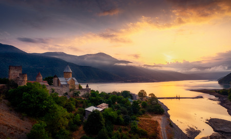 Scenic view of Ananuri fortress and lake at colorful sunrise, Country of Georgia Publikacyjne