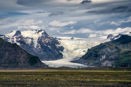 Landscape view of Vatnajokull glacier and mountains, Iceland, Europe