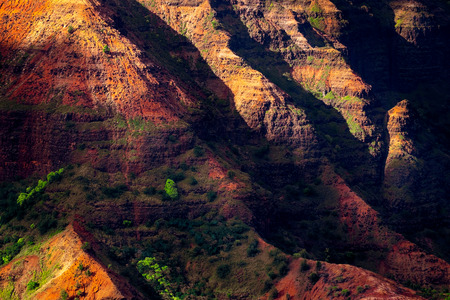 Landscape detail of Waimea canyon colorful cliffs, Kauai, Hawaii, USA 免版税图像