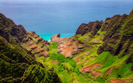 Aerial landscape view of Na Pali coastline, Kauai, Hawaii, USA Zdjęcie Seryjne