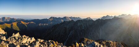 Panoramic landscape view of mountains from Krivan peak, High Tatras, Slovakia, Europe 免版税图像 - 140357904