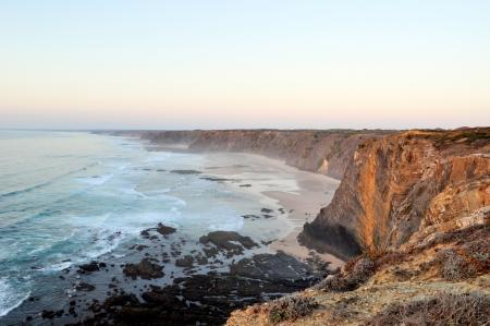 vale: Vale da Telha Cliffs