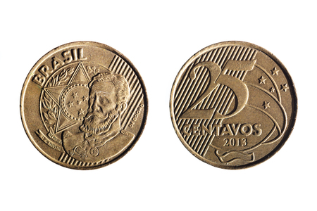 25 cents: front and back of a brazilian real twenty five cents coin on white background Stock Photo