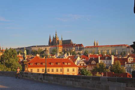 Morning Prague castle douring quarantine, sunrise, St. Vitus cathedral Stock fotó