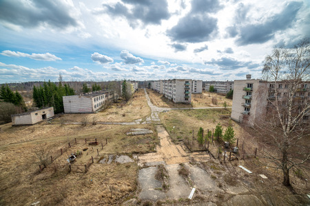abandoned military buildings in city of Skrunda in Latvia. soviet army legacy, empty rooms 스톡 콘텐츠
