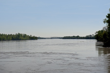 st charles: The muddy Mississippi River flowing between St  Louis and St  Charles, Missouri