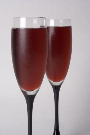 Pair of wine glasses shot vertically 版權商用圖片