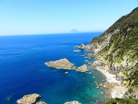 mt: Mt. kaimon and sea