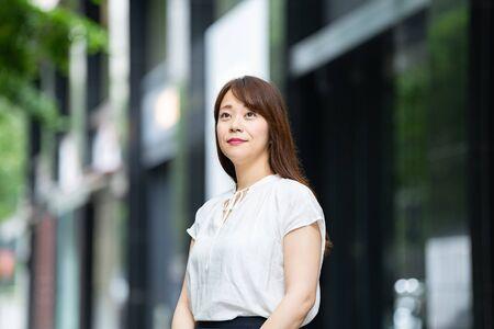 Businesswoman at work Standard-Bild - 134831756