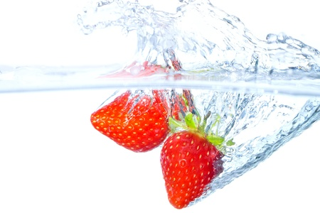 undulation: The strawberry which jumps into water